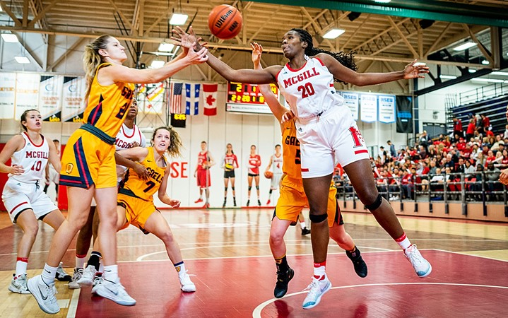 Martlets record rally, overcome 22-point deficit to beat UBC at Wright hoops tourney