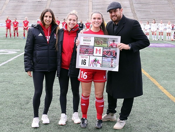 Sophomore forward volunteers to play goalie and wins again as Martlets edge Laval